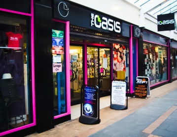the-oasis-shop-department-stores-large_edited