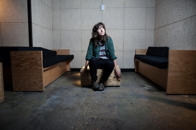Courtney-Barnett-2014-11,large